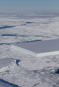 2 Rectangular Icebergs Spotted on IceBridge Flight