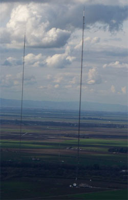 2,000-foot tower in Walnut Grove holds the instruments used to measure greenhouse gases