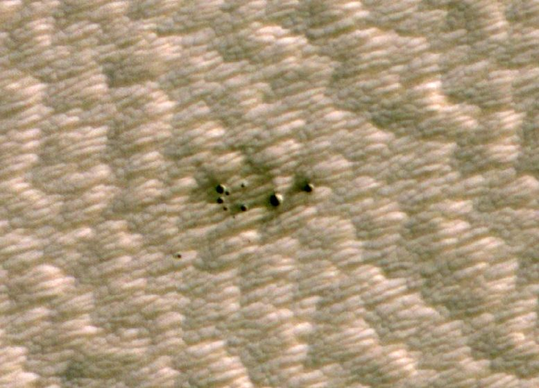 AI Spots Cluster of Mars Craters