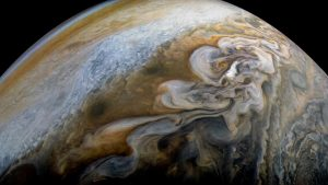 Amazing Juno Image Shows Jupiter's Swirling Cloud Formations