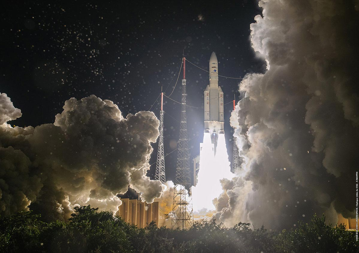 Ariane 5 launches 3 spacecraft into orbit from Europe's spaceport