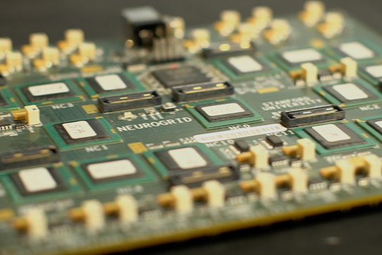 Bioengineers Create Circuit Board Modeled on the Human Brain