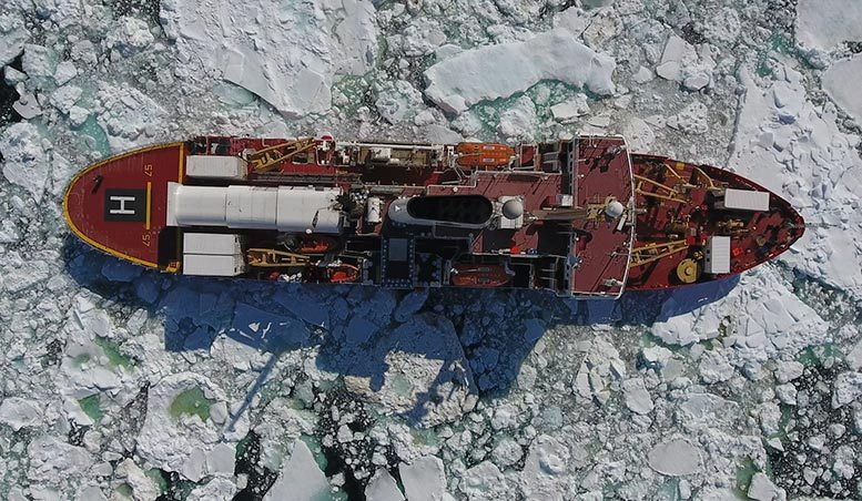 Canadian Research Icebreaker Amundsen