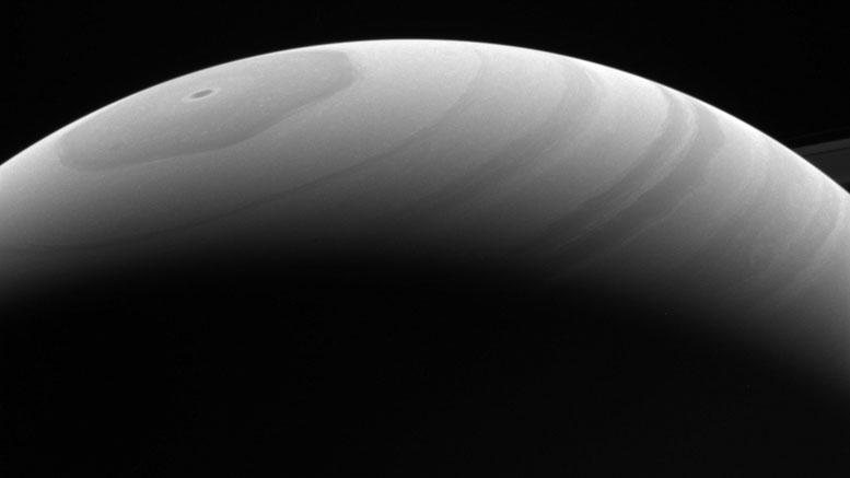 Cassini Observes Seasonal Changes on Saturn