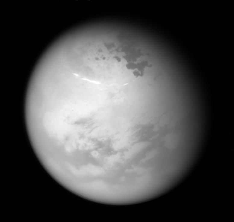 Cassini Spacecraft Views Northern Summer on Titan