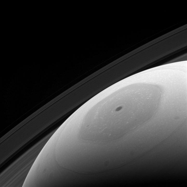 Cassini Spacecraft Views Saturn's Hexagonal Polar Jet Stream