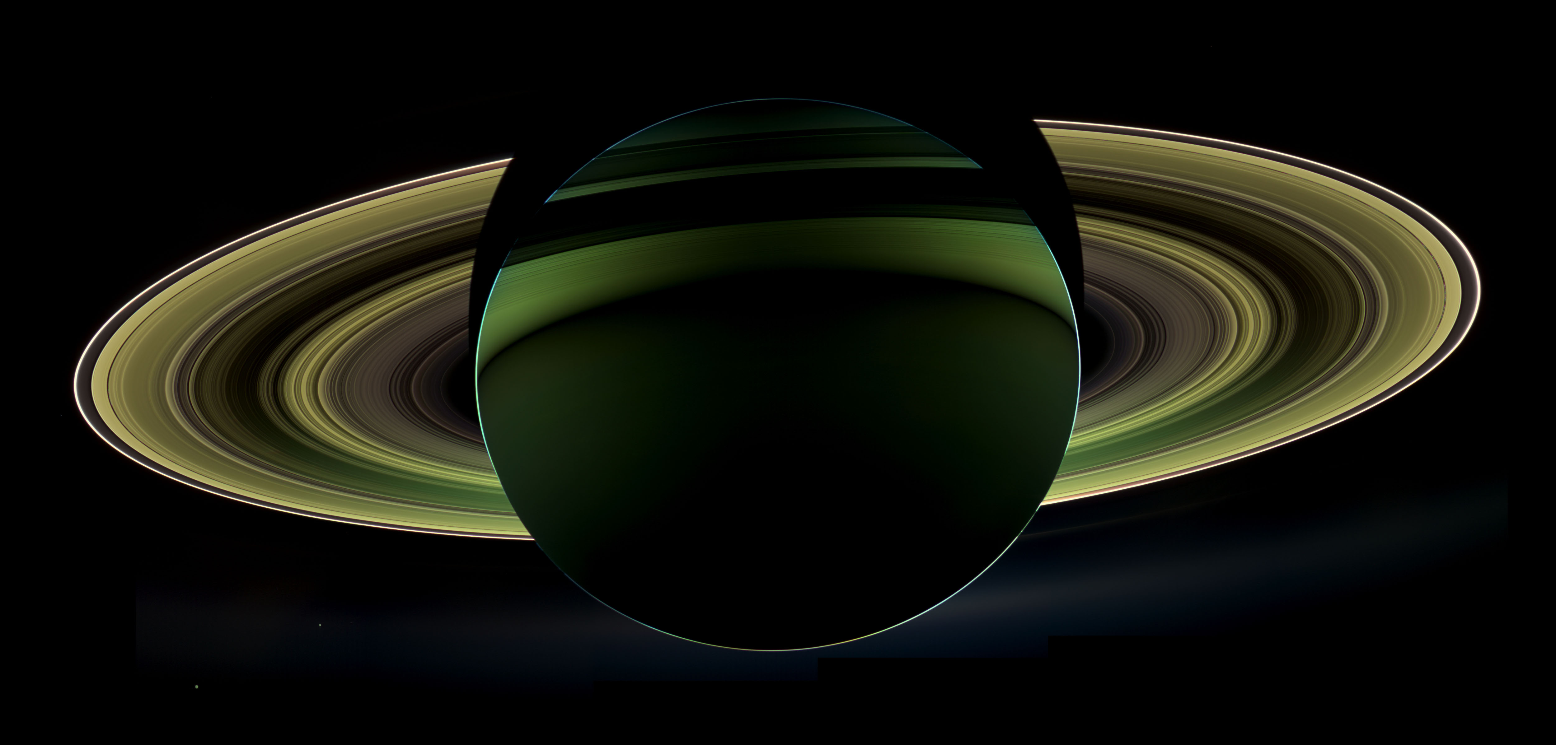 New Cassini Image of Saturn and its Rings