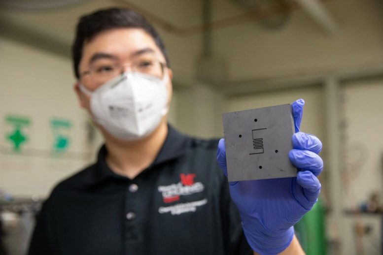 Catalyst Converts Carbon Dioxide Into Methane