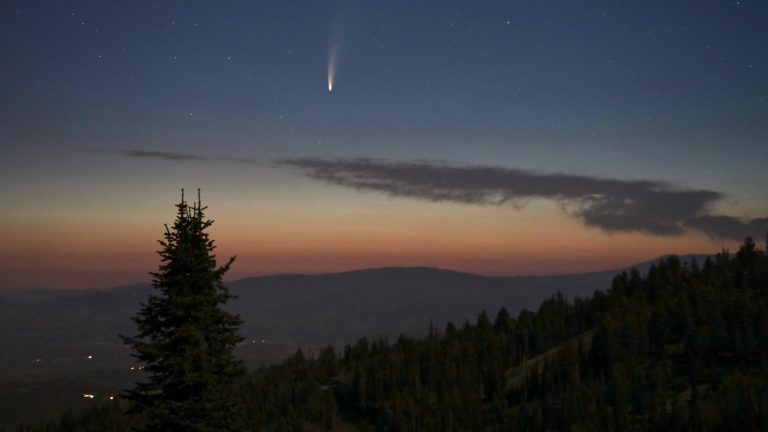 Record number of unknown asteroids seen whizzing past
