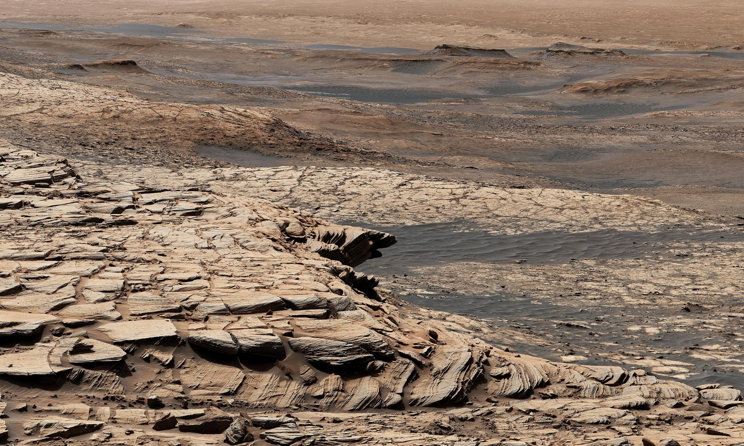 "Curiosity Mars Rover's Summer Road Trip – ""We're Uncovering an Ancient World"" - SciTechDaily"