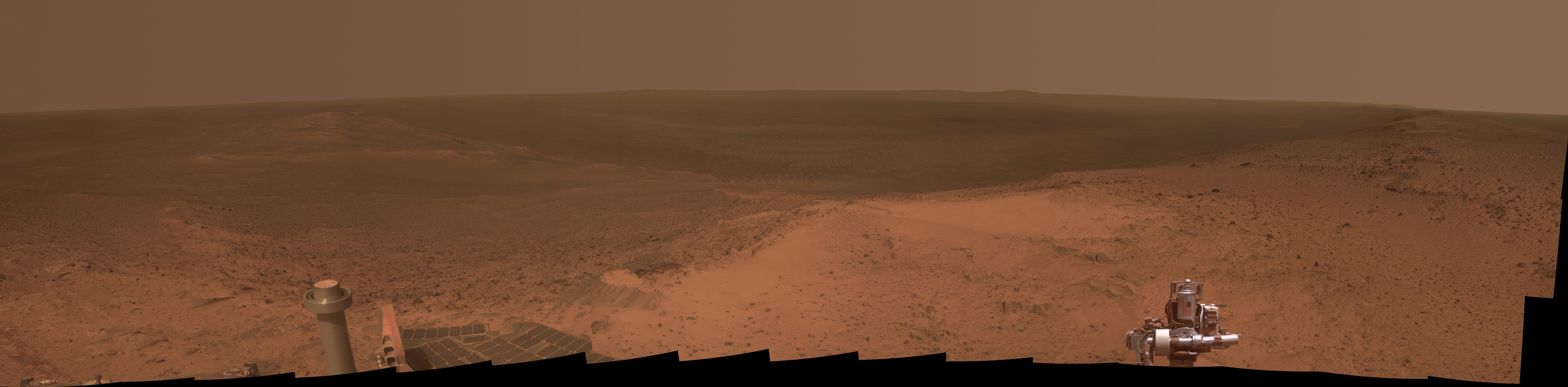 Curiosity Rover Marks 11th Anniversary with Hilltop Panorama