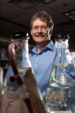 Discovery May Allow Scientists to Make Fuel From CO2