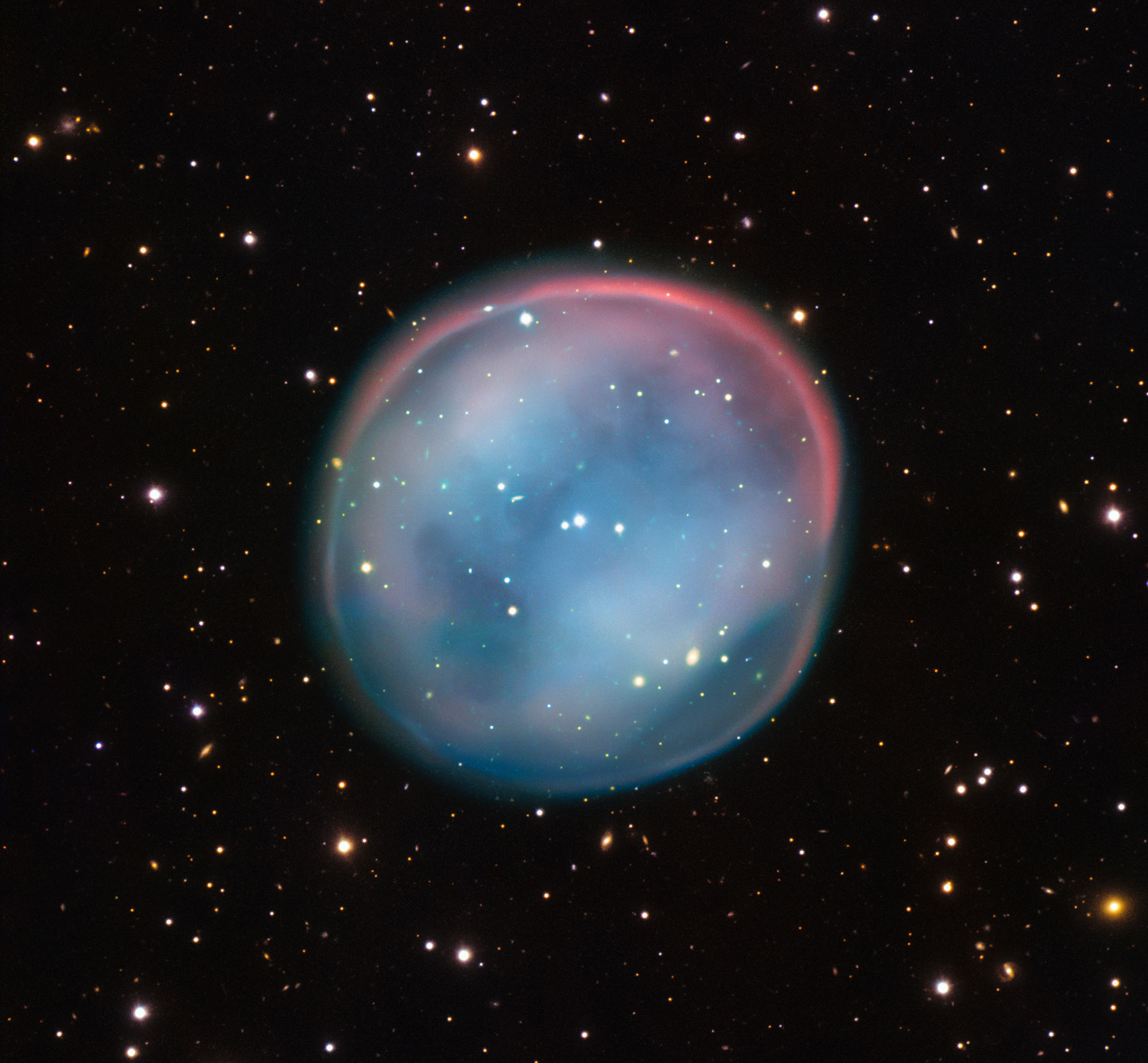 ESO Views the Ghost of a Dying Star - Planetary Nebula ESO ...
