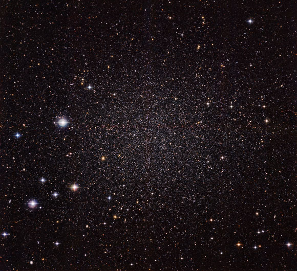 ESO Views the Sculptor Dwarf Galaxy