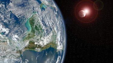 """""""Mirror Image"""" of the Earth and Sun Discovered 3000 Light-Years Away"""
