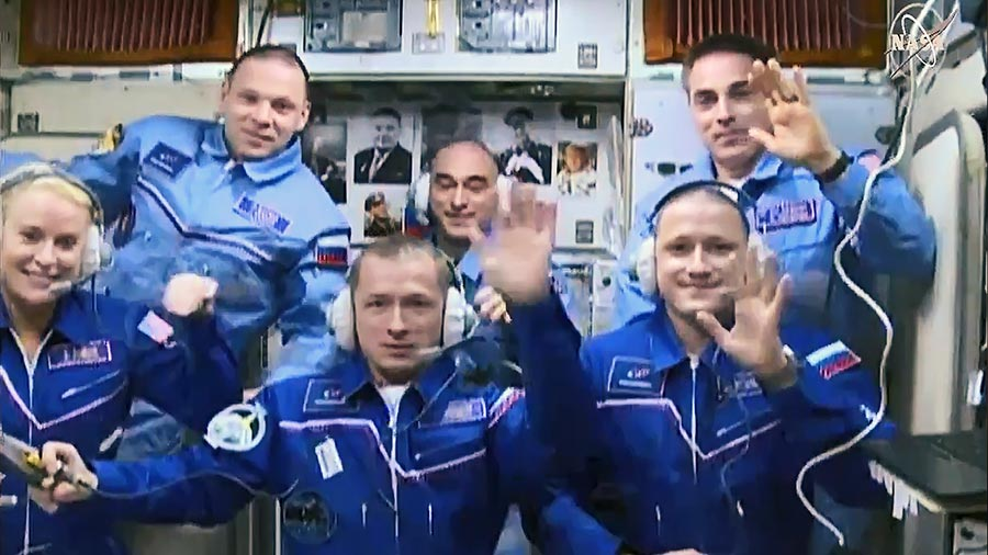 Russian-US trio of astronauts launches to the International Space Station