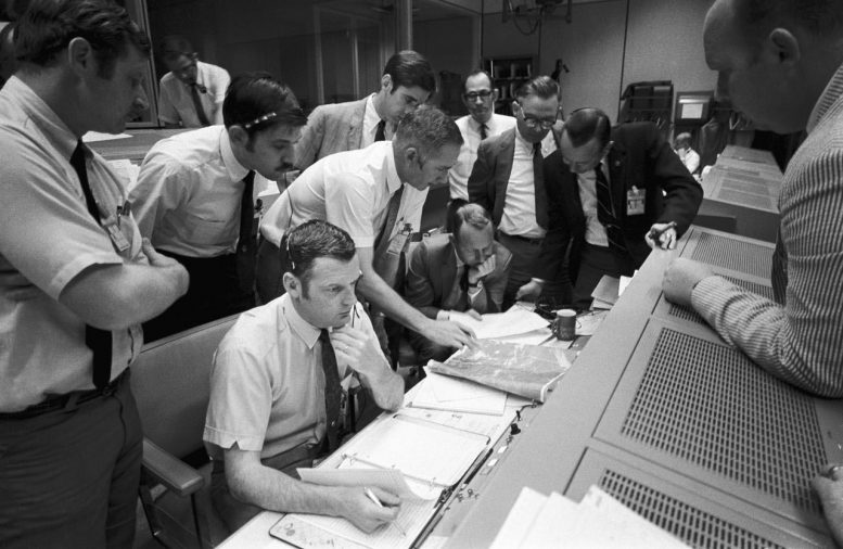 Flight Controllers Apollo 13