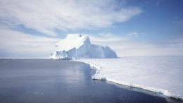GRACE data indicate that the Antarctic ice sheet might have lost mass.jpg