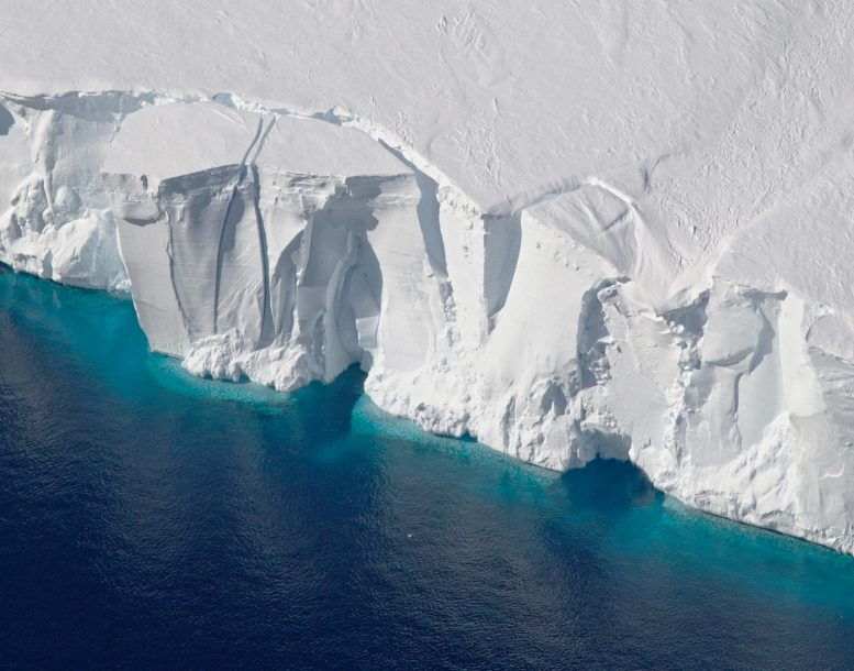 Getz Ice Shelf in West Antarctica