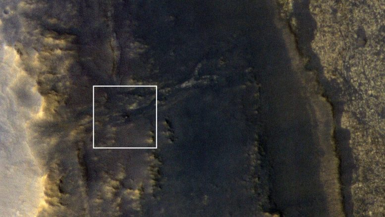 HiRISE Spots Opportunity Rover