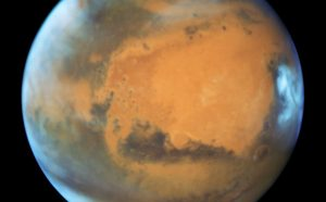 Hubble Close-up of the Red Planet