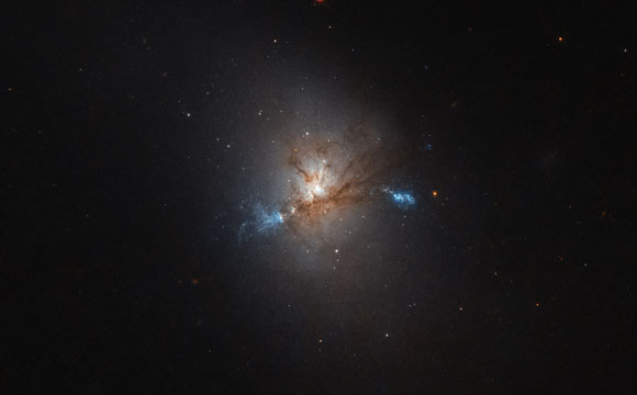 Hubble Image of the Week NGC 1222