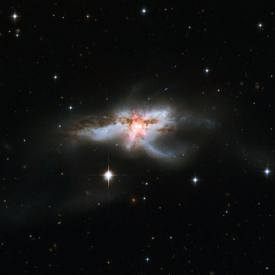 Hubble Revisits Galaxy NGC 6240
