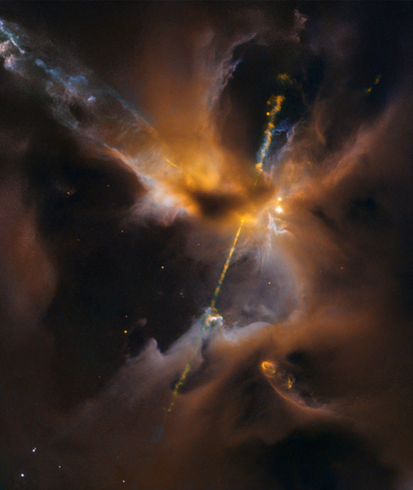 Hubble Sees a Turbulent Birthing Ground for New Stars