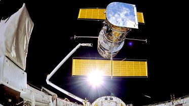 NASA Struggles to Restore Aging Payload Computer on Hubble Space Telescope – May Resort to Backup System
