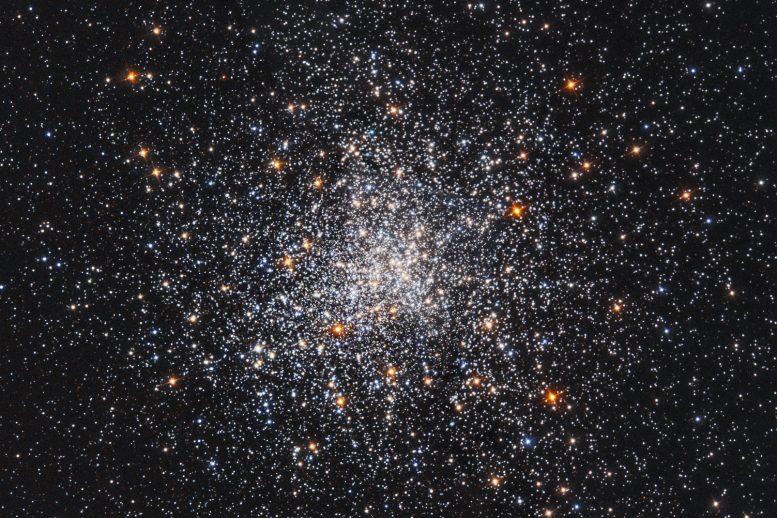 Hubble Space Telescope Views Messier 79