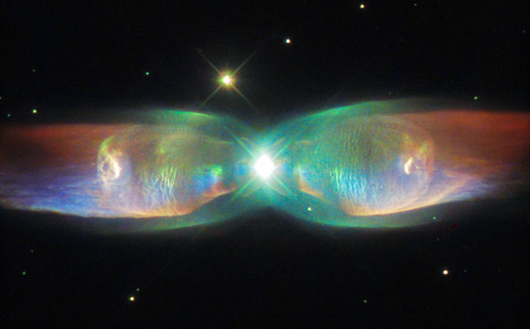 Hubble Space Telescope Views the Twin Jet Nebula