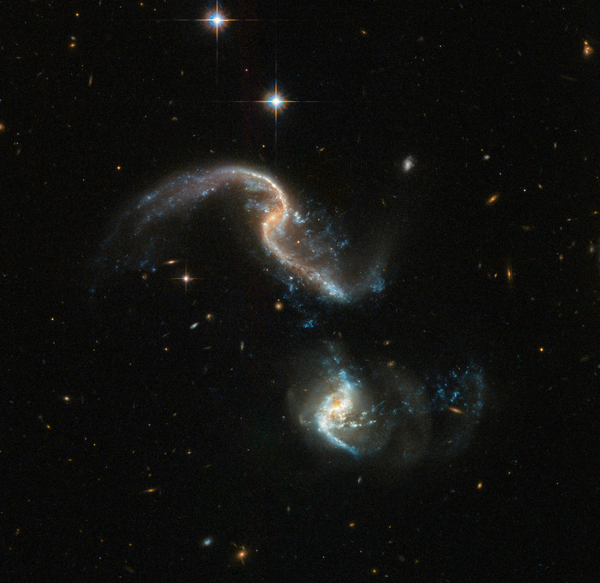 Hubble Telescope Captures Spectacular Image of a Galactic ...