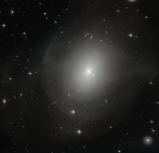 Hubble Views Elliptical Galaxy NGC 2865