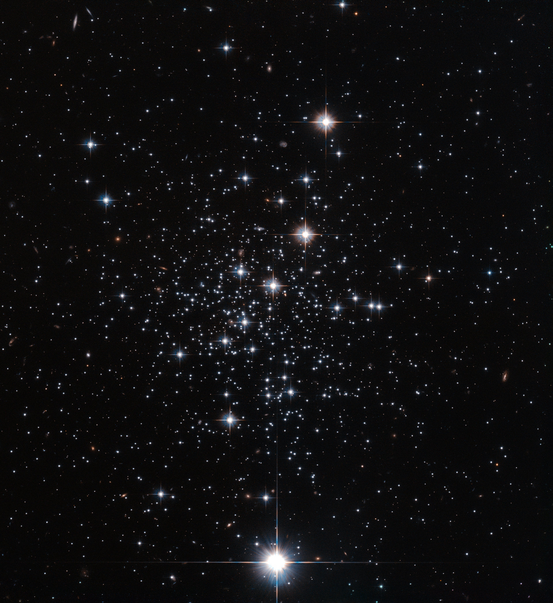 Hubble Views Globular Cluster Palomar 12