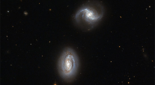 Hubble Views PGC 9074 and PGC 9071