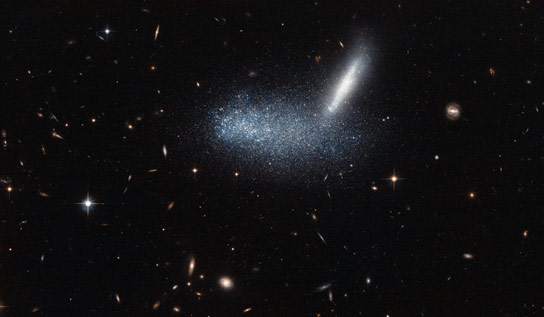 Hubble Views a Cosmic Optical Illusion