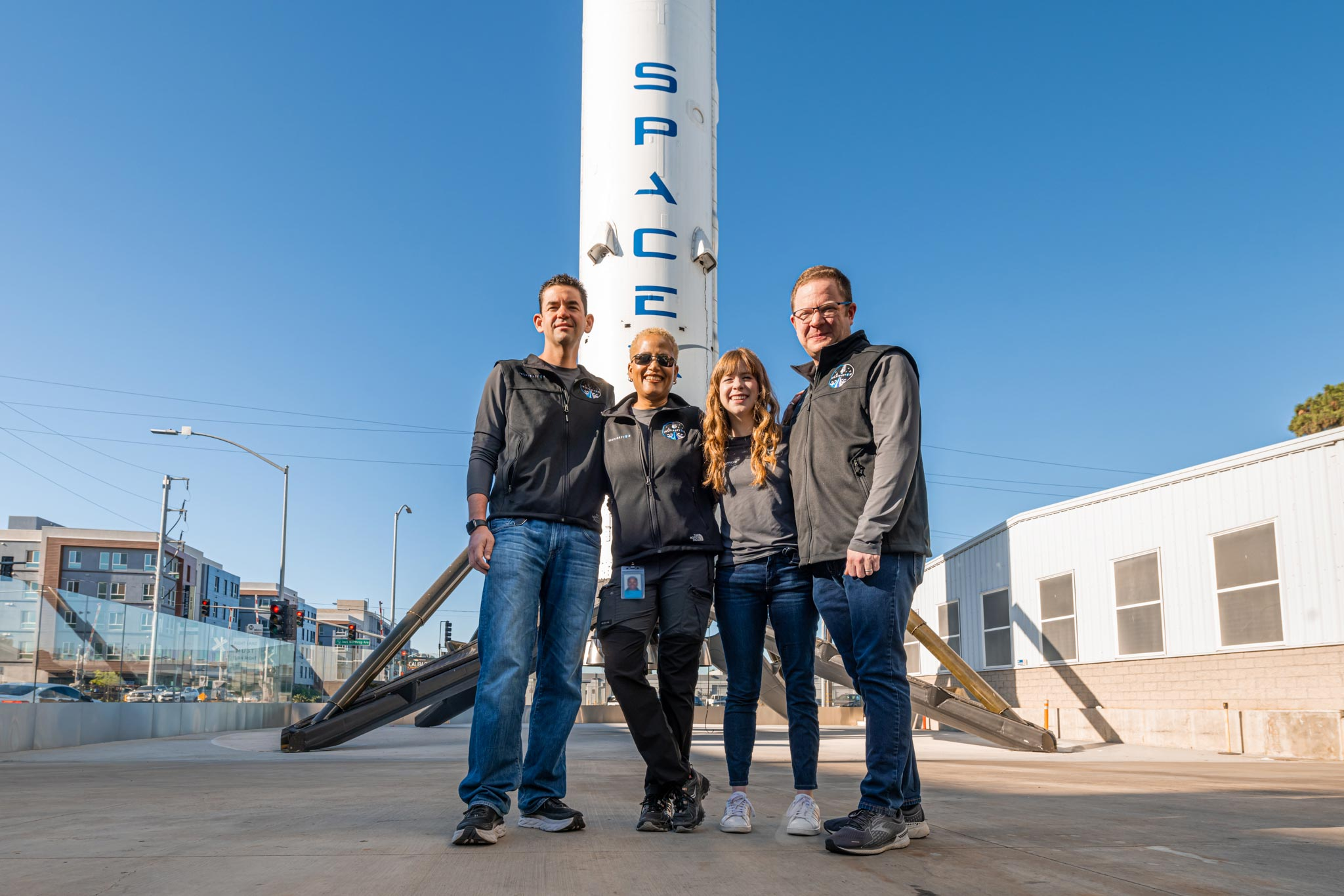 Space Tourism SpaceX Inspiration20 Mission Will Send 20 Civilians ...