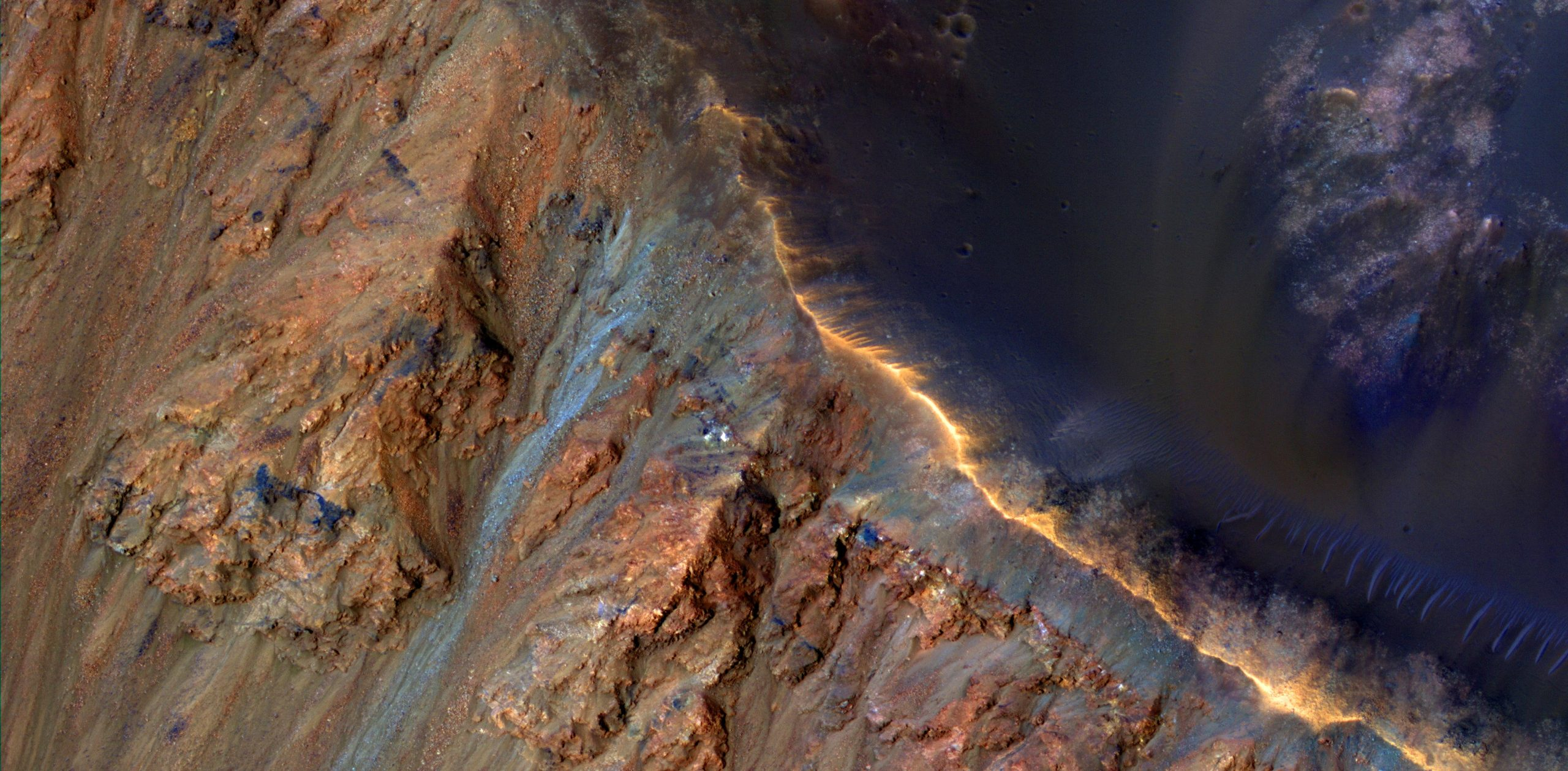 SETI Researchers Have a New Theory About What Is Causing Landslides on the Surface of Mars - SciTechDaily
