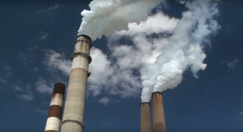 Low Levels of Air Pollution Linked To  Premature Death in Seniors