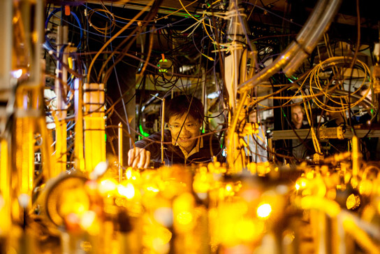 MIT Physicists Build a Quantum-Gas Microscope for Fermionic Atoms