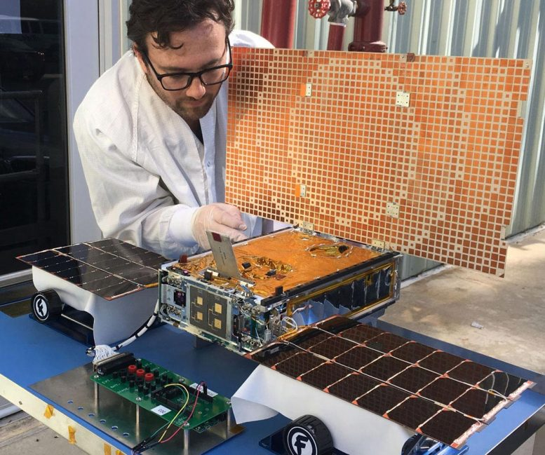 Mars Cube One (MarCO) Spacecraft