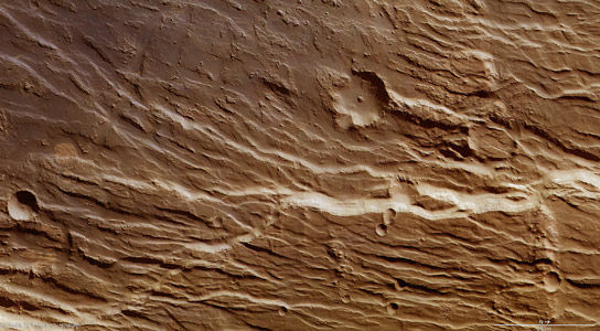 Mars Express Image of Chasms and Cliffs on Mars