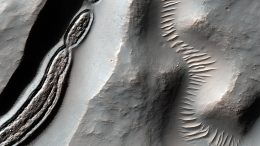 Mars Reconnaissance Orbiter Close-up of a Trough