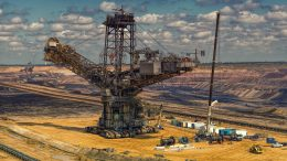 Massive Coal Mining Equipment Crop
