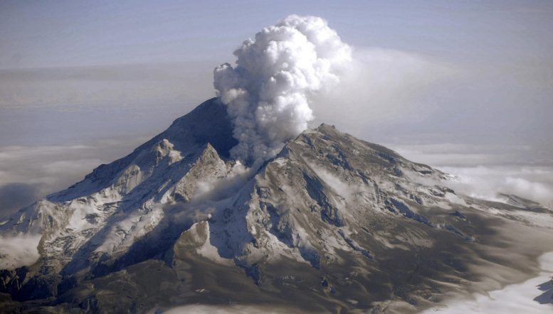 Mount Redoubt Eruption
