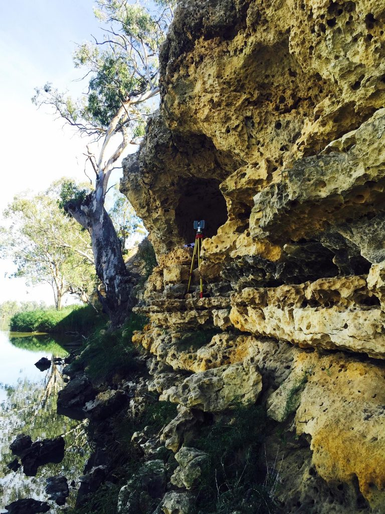 Murray River Rockshelter