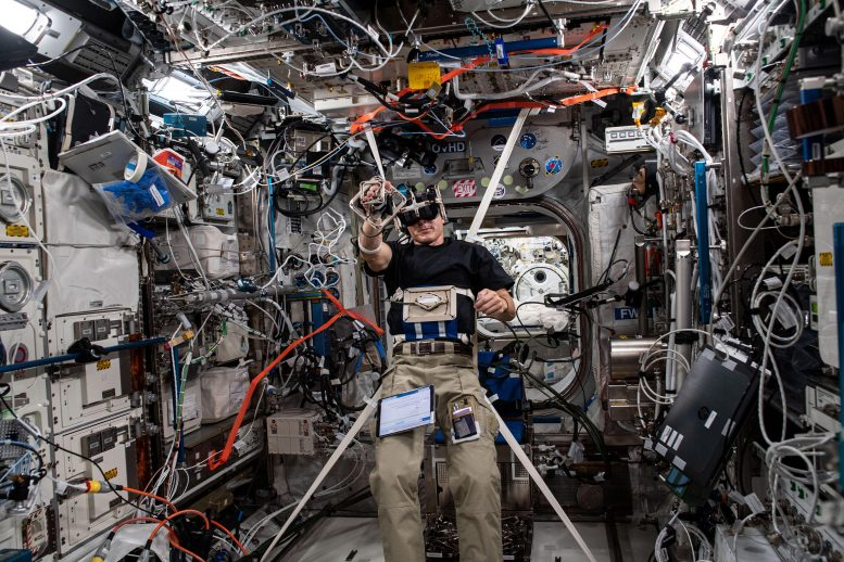 NASA Astronaut Mike Hopkins Performs the Grasp Experiment