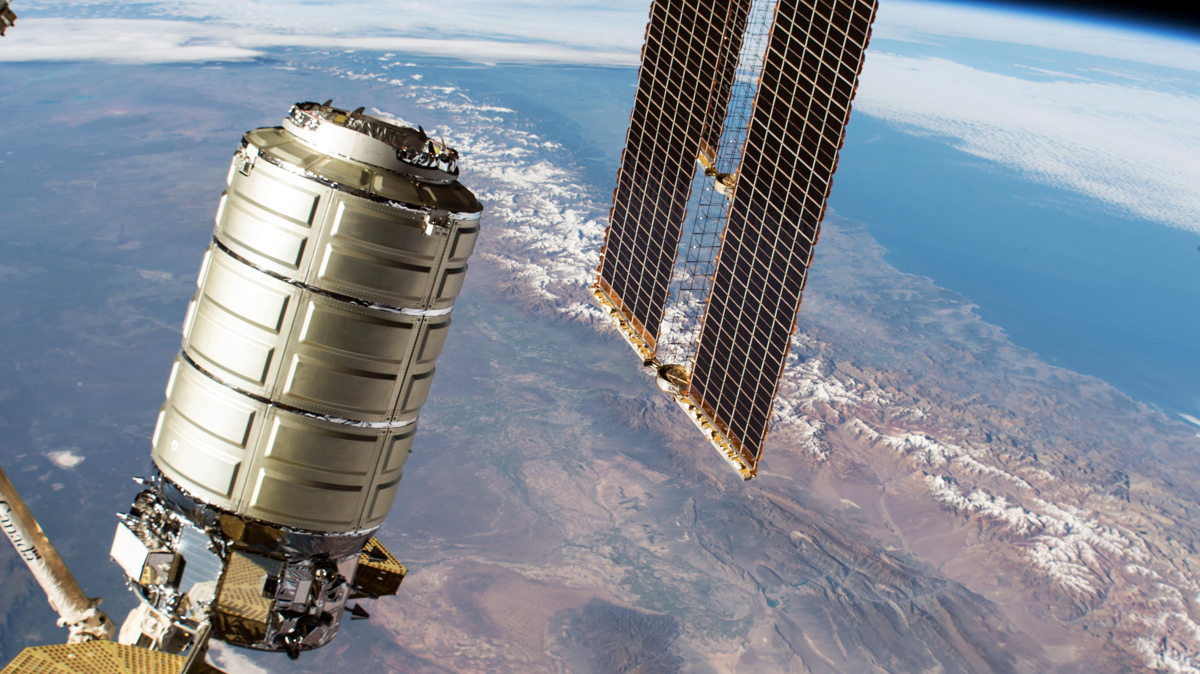NASA TV: Cygnus Space Freighter Arrival at International ...