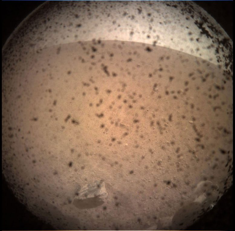 NASA InSight Lander Arrives on Martian Surface