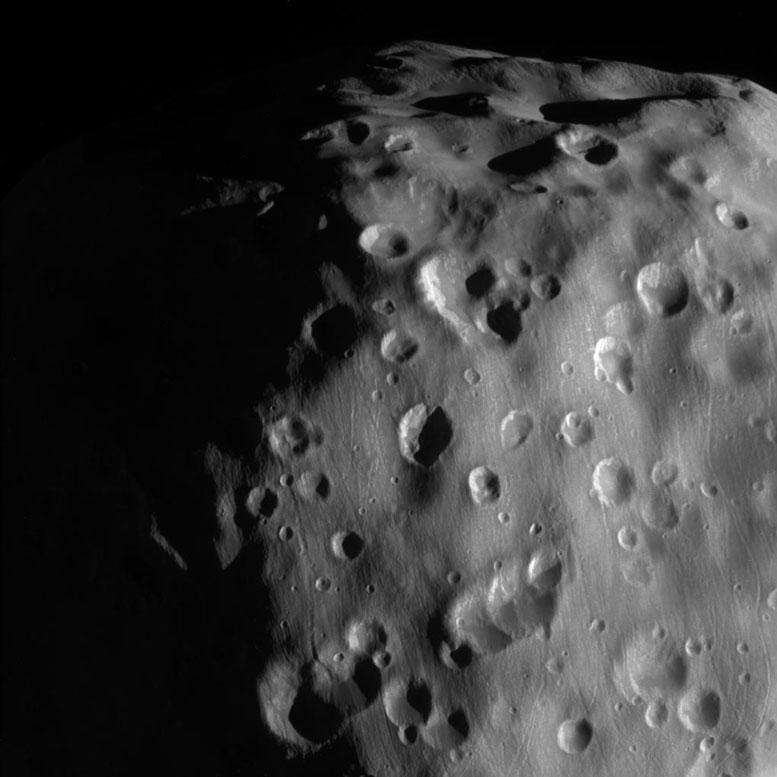 NASA's Cassini Zooms-In On Epimetheus